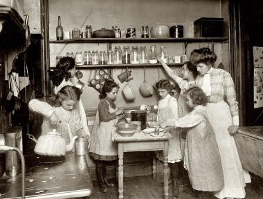KitchenNewYork1910_2