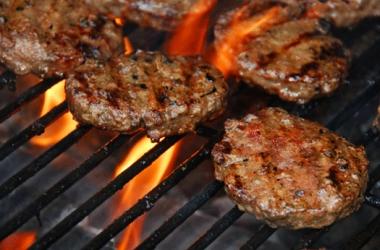 BurgersOnTheGrill2